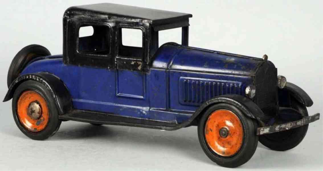 dayton tin toy car pressed steel flywheel automobile