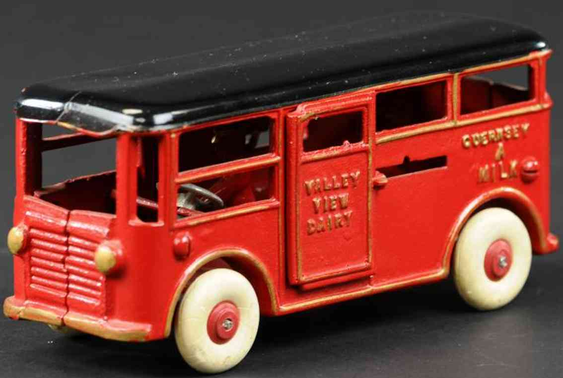 dent hardware co 713 cast iron toy freemans dairy truck red