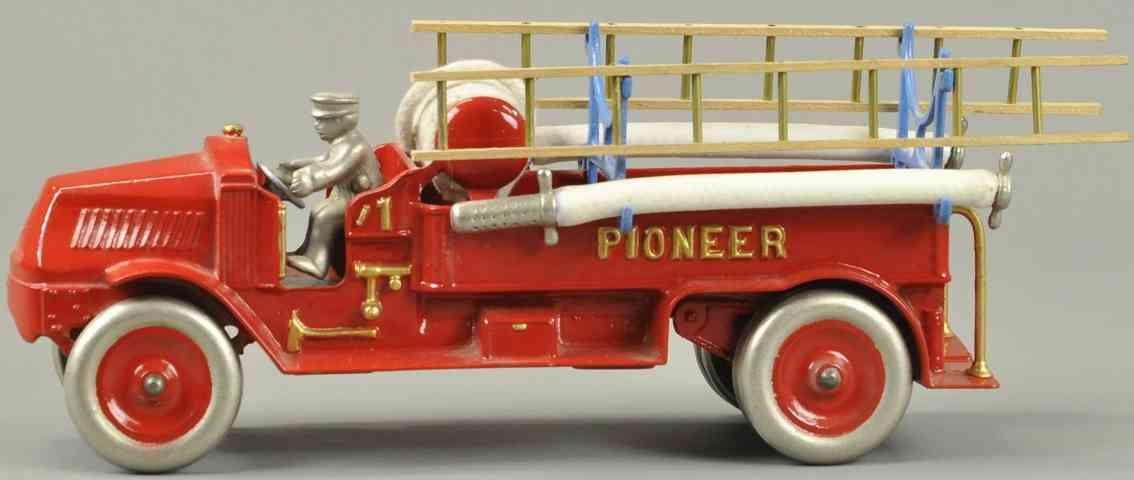 dent hardware co spielzeug gusseisen feuerwehrleiterwagen pioneer