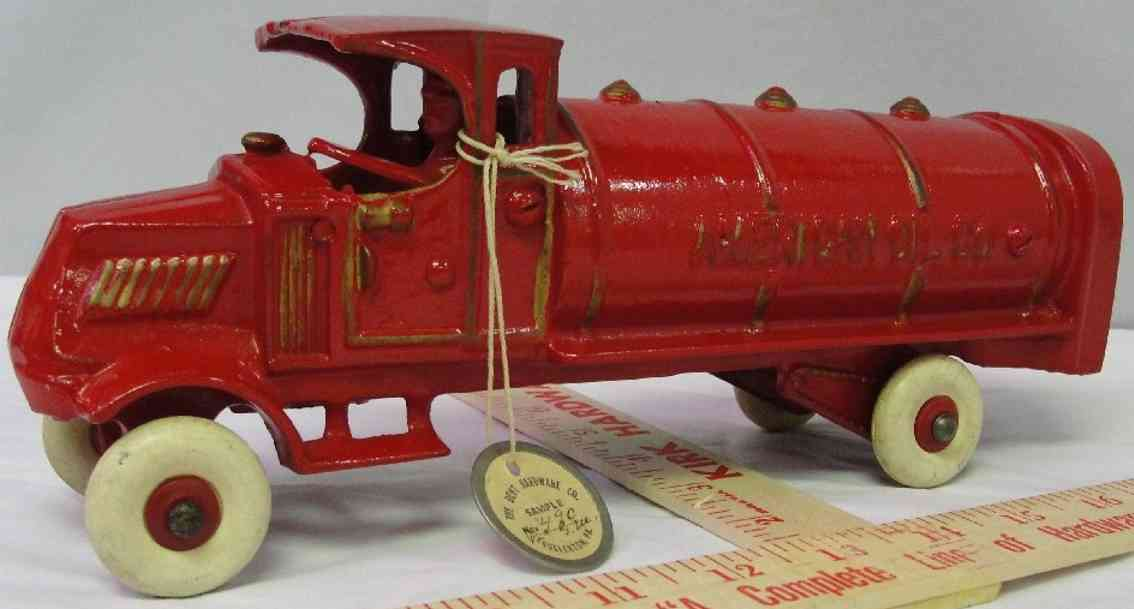 dent hardware co cast iron toy truck american oil co truck red