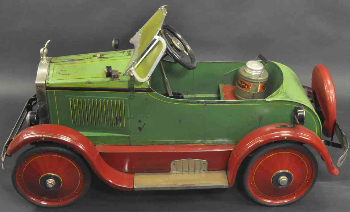 gendron wheel company tin toy buick as pedal car deluxe