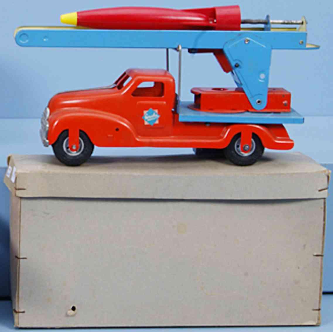 gescha 610 r tin toy rocket truck red blue