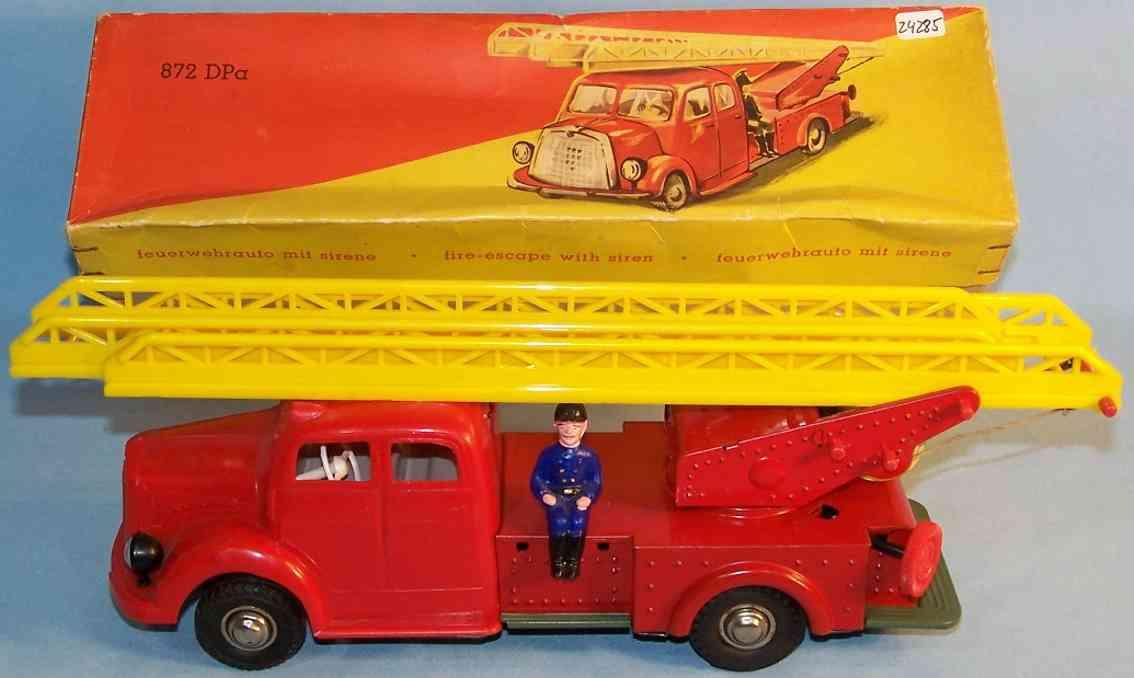 gunthermann 872 tin toy fire engine fire ladder car
