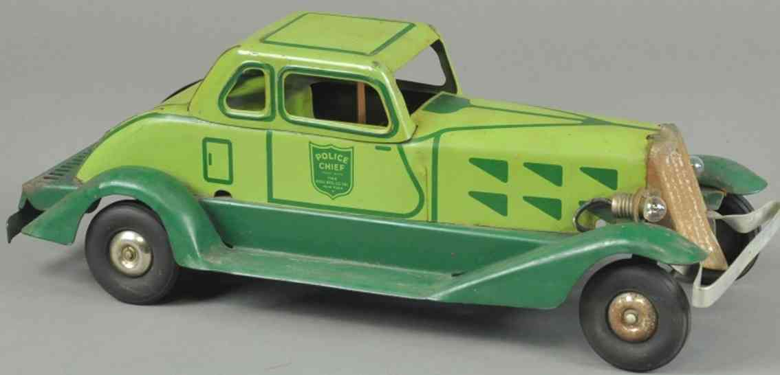 hoge mfg co toy police chief car pressed steel green fricition drive