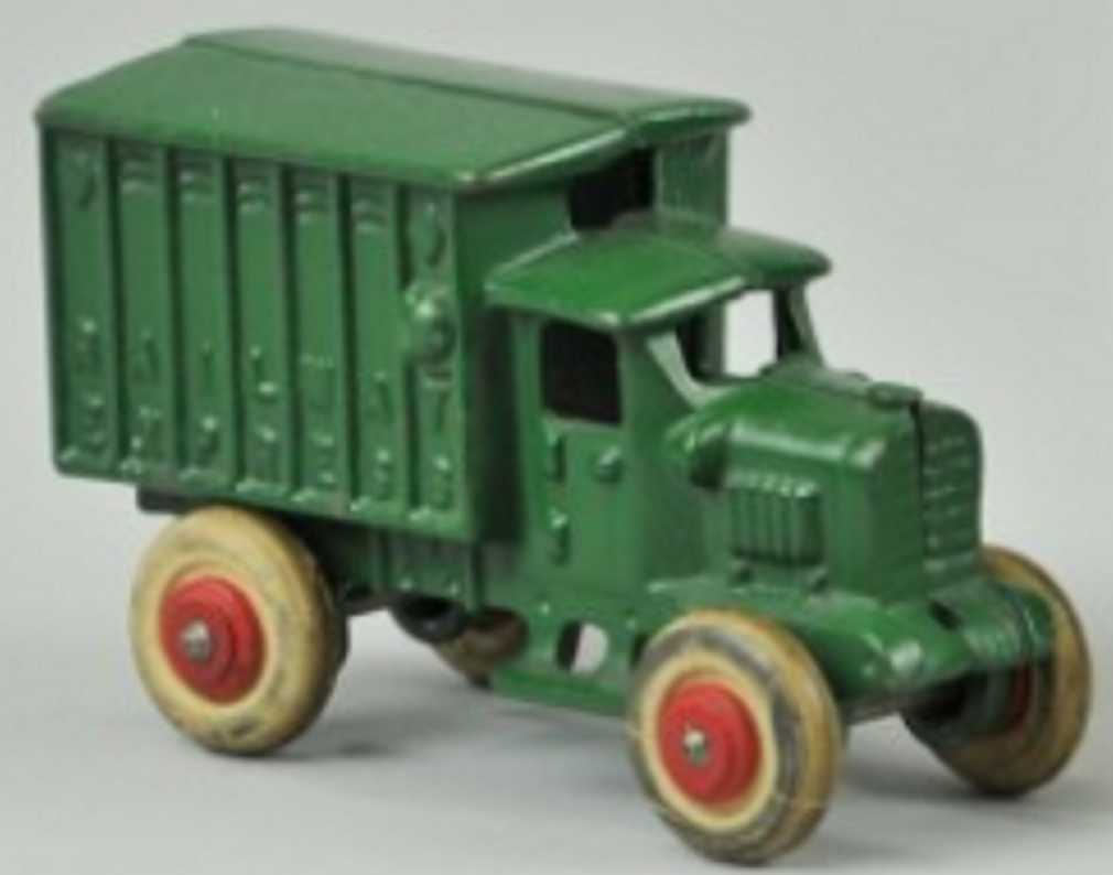 hubley 617 cast iron toy truck railway express truck green