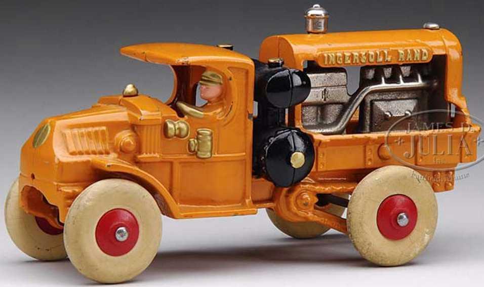 Hubley Mack Ingersoll rand compressor truck