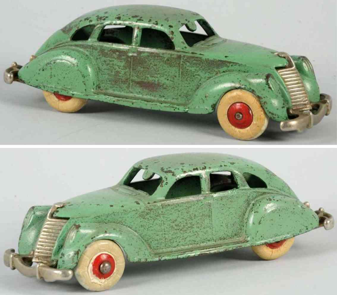 hubley cast iron toy car air flow coupe green
