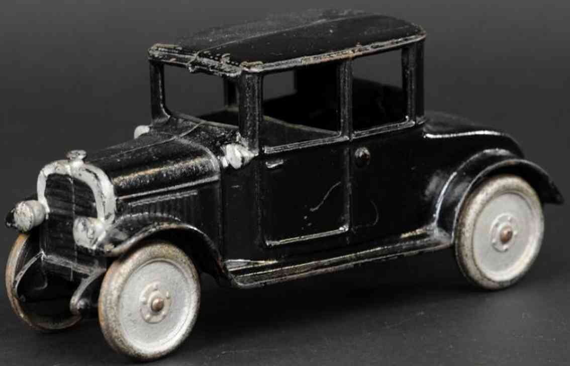 hubley cast iron toy car early coupe black