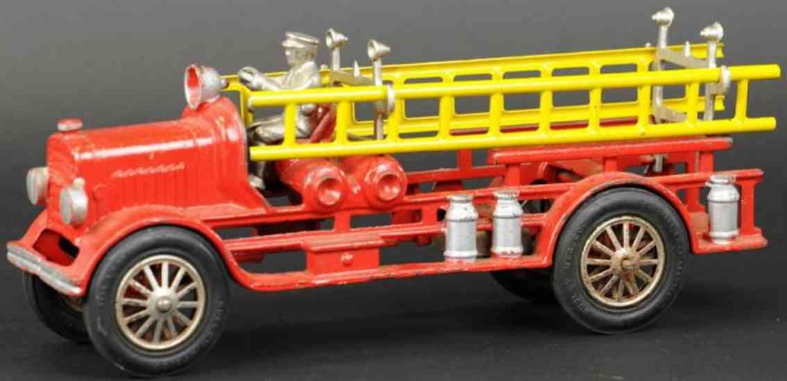 hubley spielzeug gusseisen feuerwehrleiterwagen rot