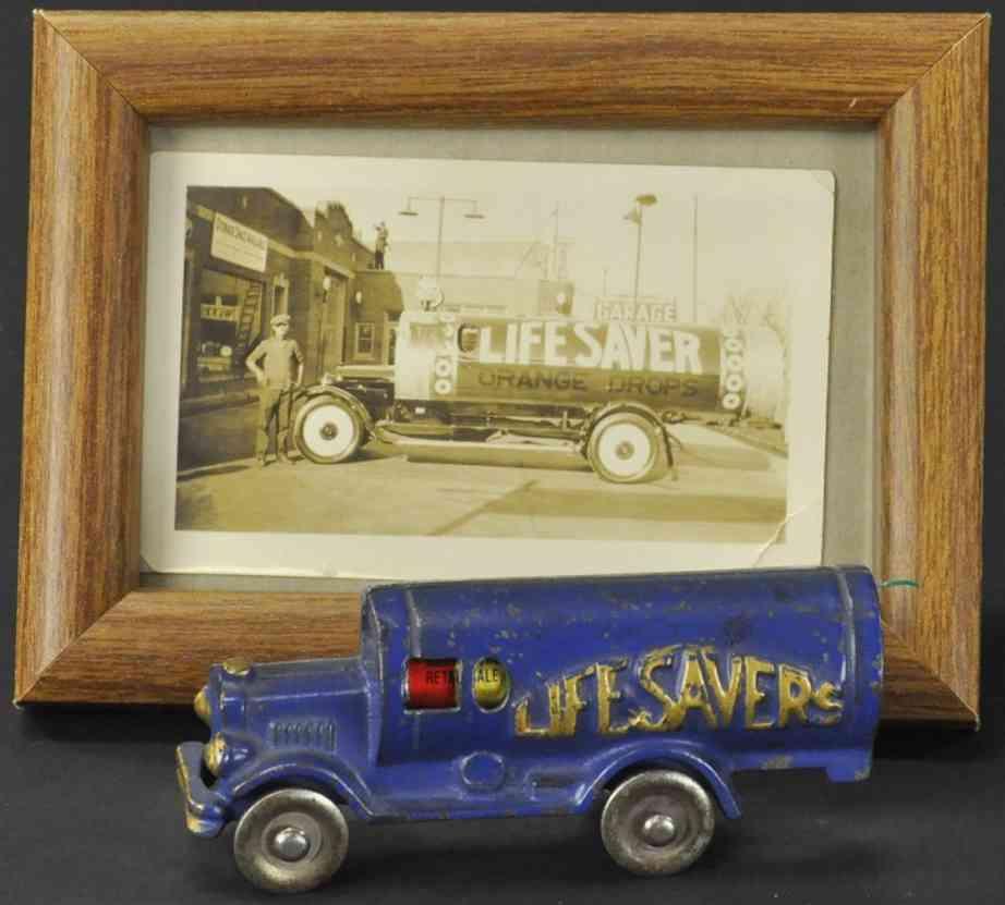hubley lifesaver spielzeug gusseisen lastwagen blau