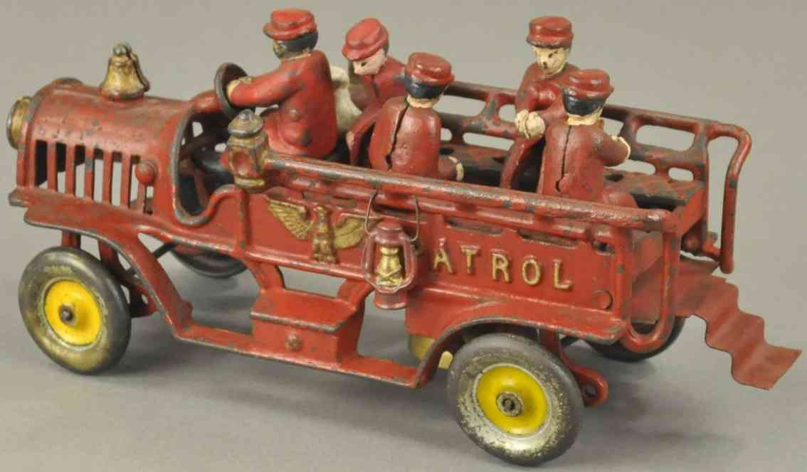 hubley spielzeug gusseisen feuerwehrpatrouillienwagen rot figuren