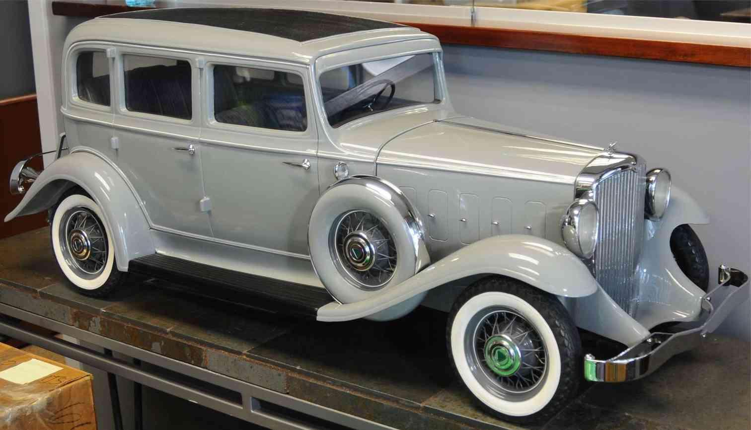 hudson motor car company tin toy car hudson factory showroom model oldtimer