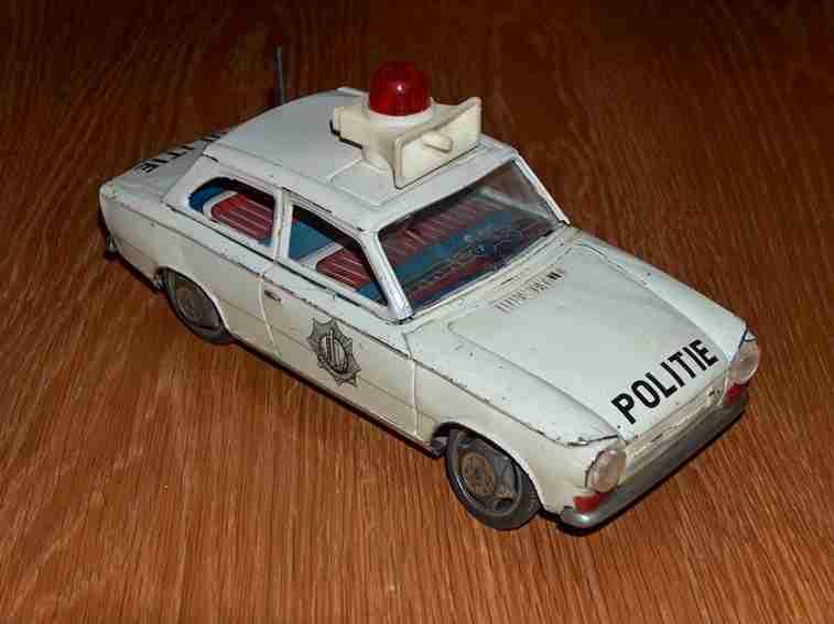 ichiko blech spielzeug polizeiauto
