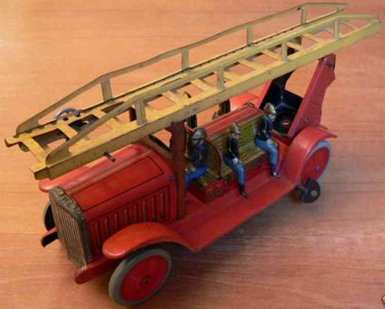 jep 7190 tin toy fire engine fire department car with 6 firemen, rotatable foot, rack-and