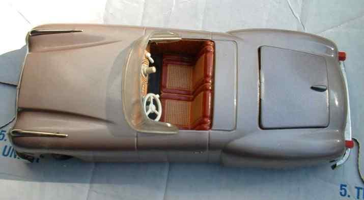 jnf neuhierl 63 tin toy car  gigant electric windup