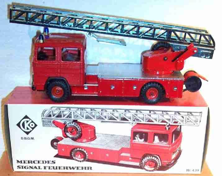 Kellermann 439 Mercedes Signalfeuerwehrwagen