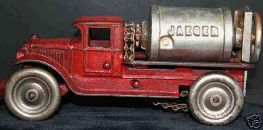 kenton hardware co cast iron toy jaeger cemt mixer truck
