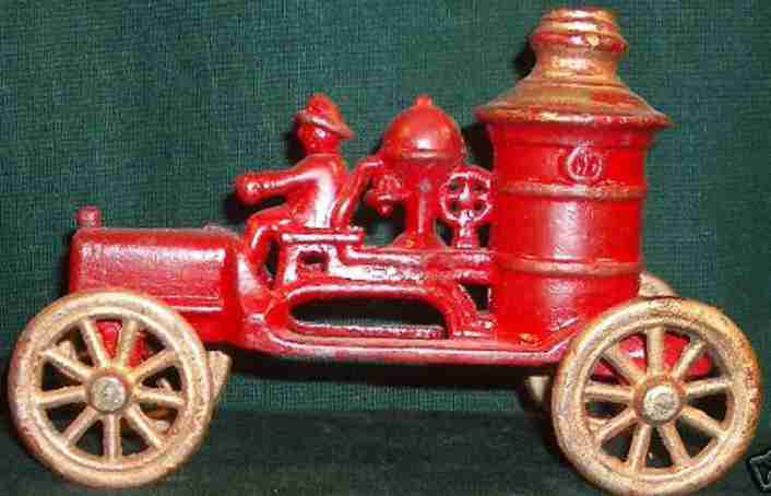 kenton hardware co cast iron toy fire pumper car red