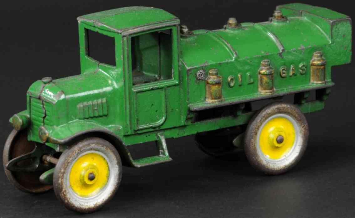 kenton hardware co spielzeug gusseisen benzinlastwagen gruen