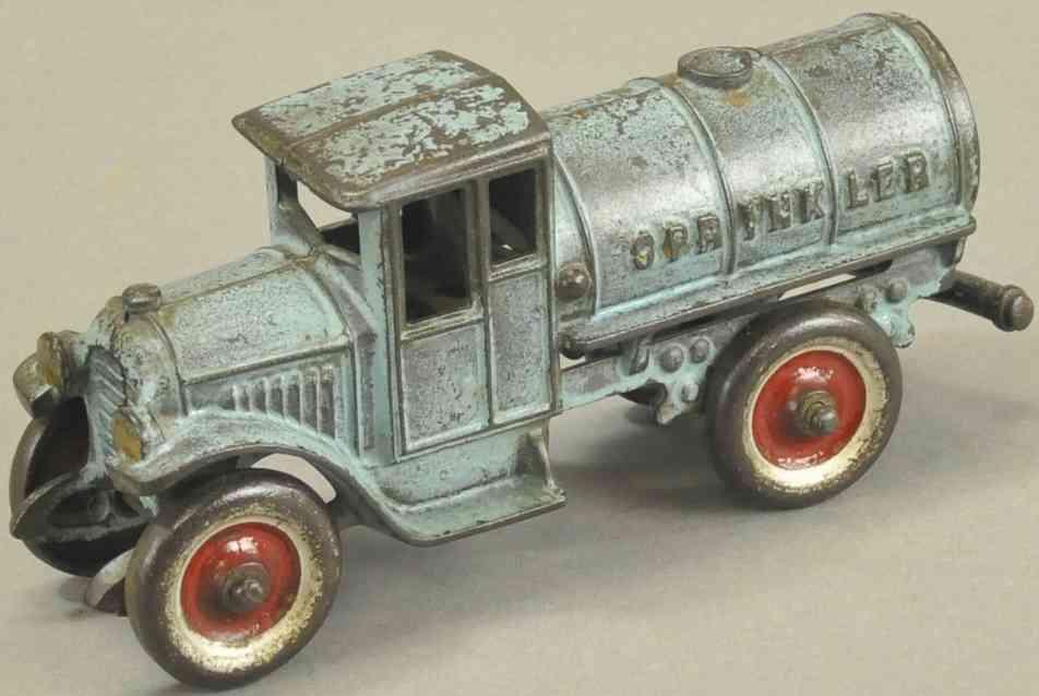 kenton hardware co spielzeug gusseisen sprinklerwagen blau