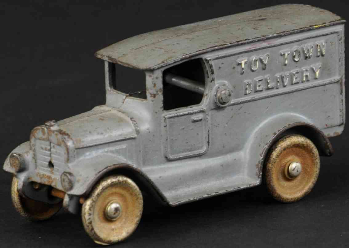 kilgore cast iron toy delivery truck grey toy town delivery
