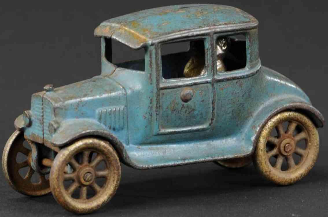 kilgore cast iron toy car ford coupe blue passengers