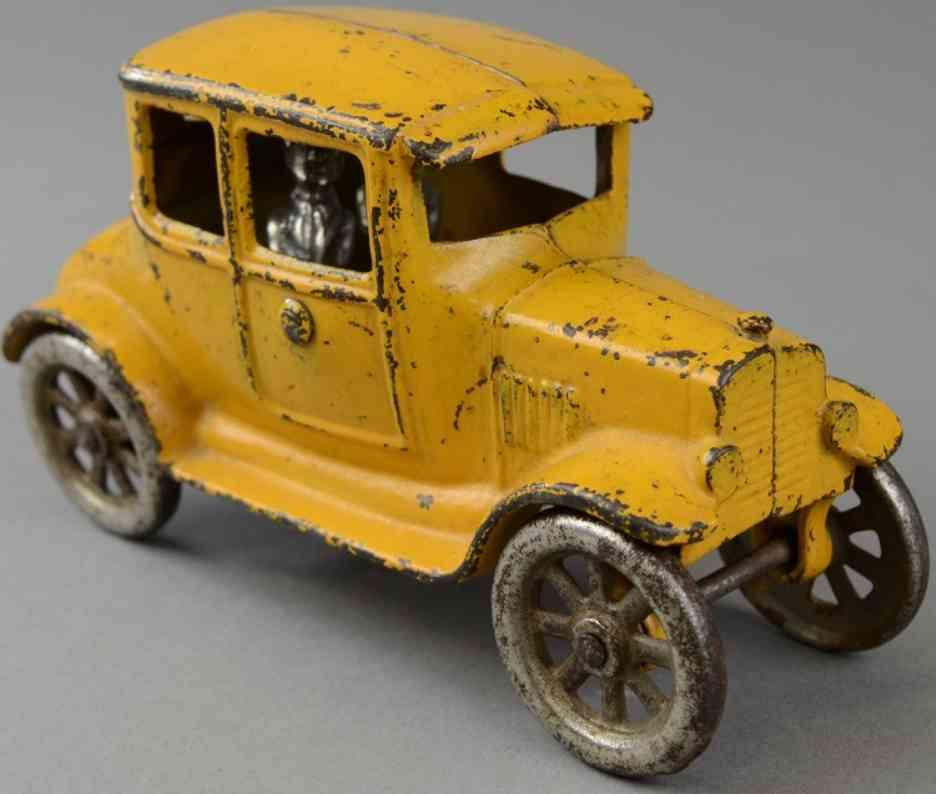 kilgore spielzeug gusseisen auto ford coupe aus gusseisen gelb