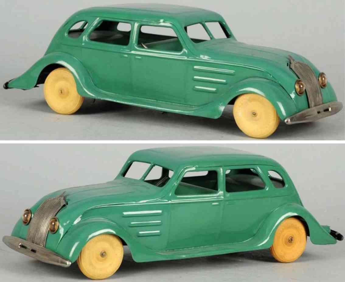 kingsbury toys car pressed steel air flow auto green