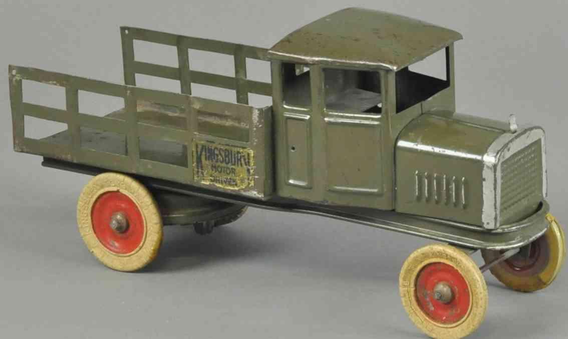 kingsbury toys blech spielzeug lastwagen mit rungen olivgruen