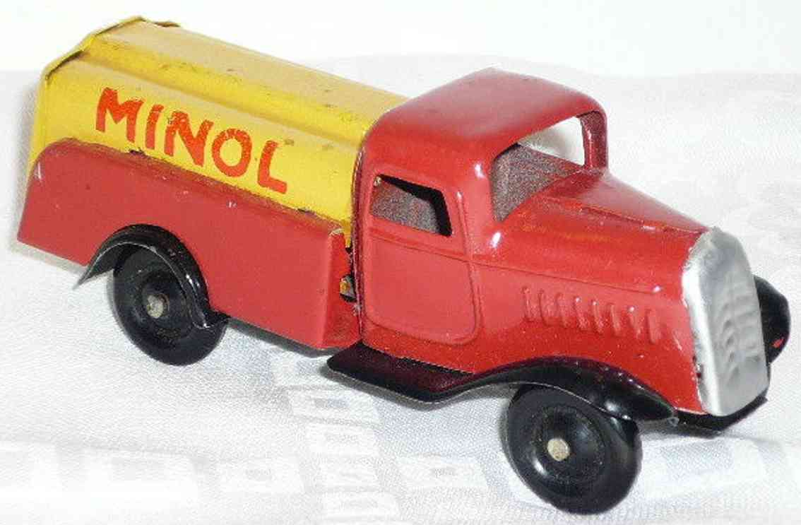 lehmann 835 tin toy aral tank truck red yellow gnome series