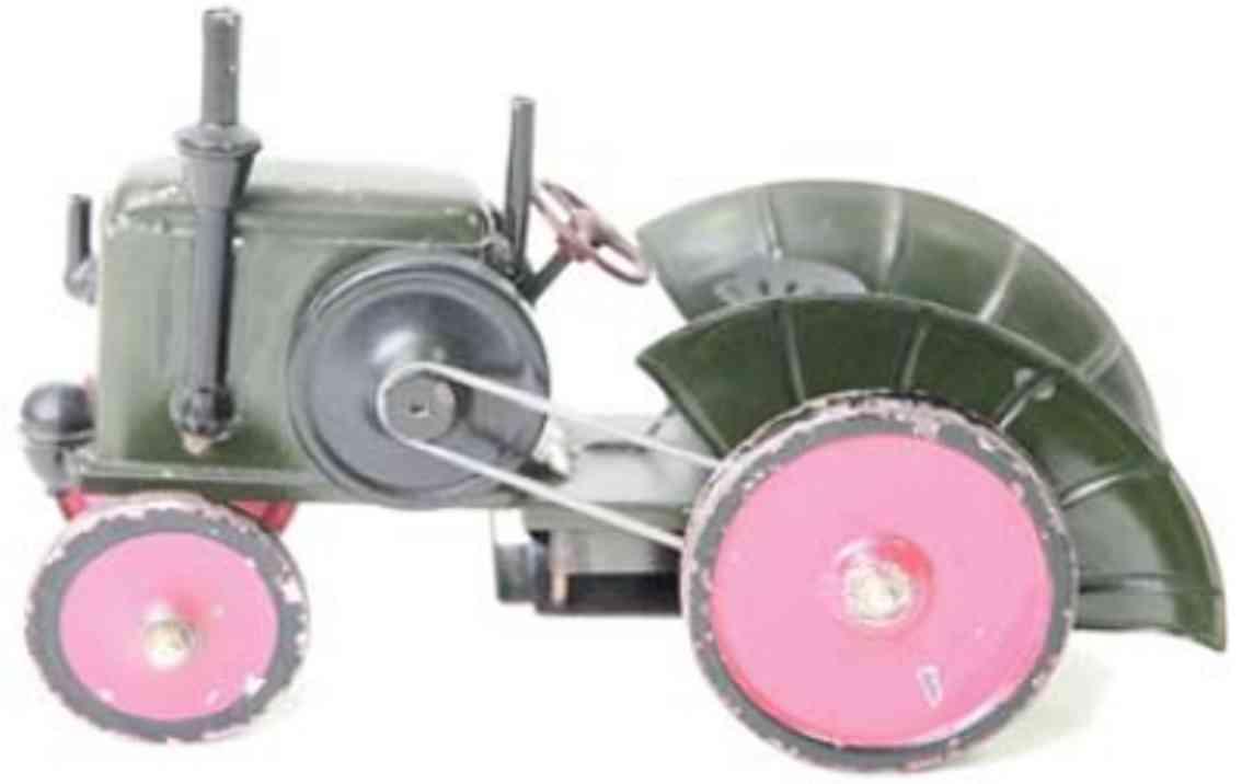 marklin maerklin 1085 tin toy tug with clockwork moving forward