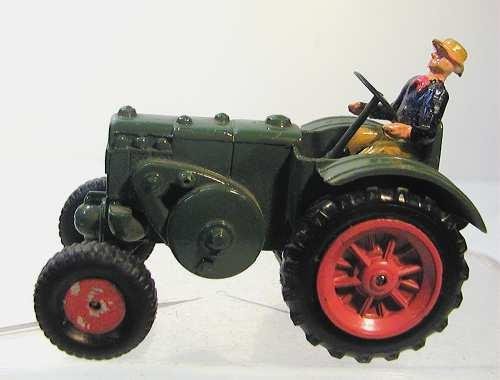 Maerklin 8002 8029 Lanz tractor with driver cast metal