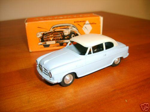 Maerklin 8015 Car Borgward Isabella