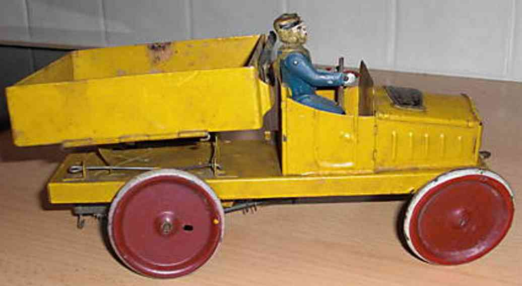 martin fernand 246 blech le deverseur lastwagen uhrwerk gelb