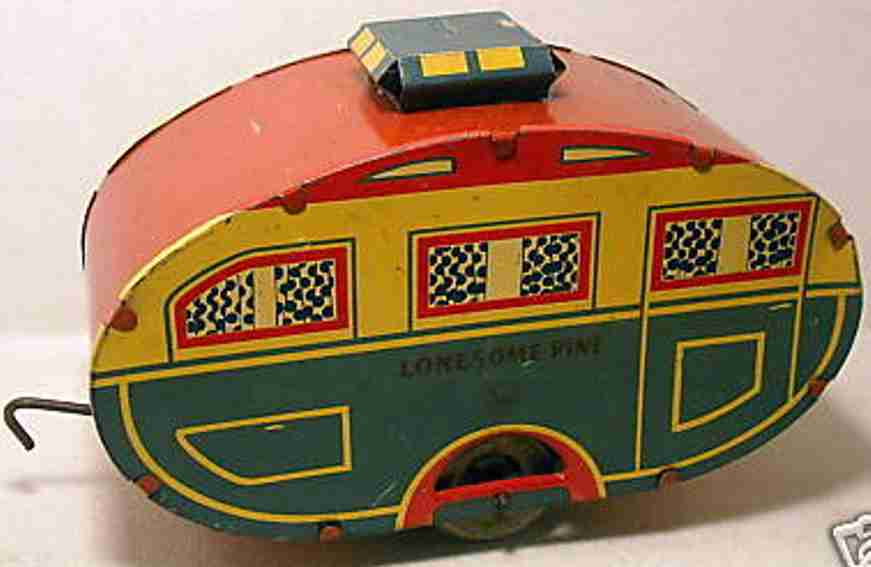 Marx Louis Lonesomepine camper with balloon tires