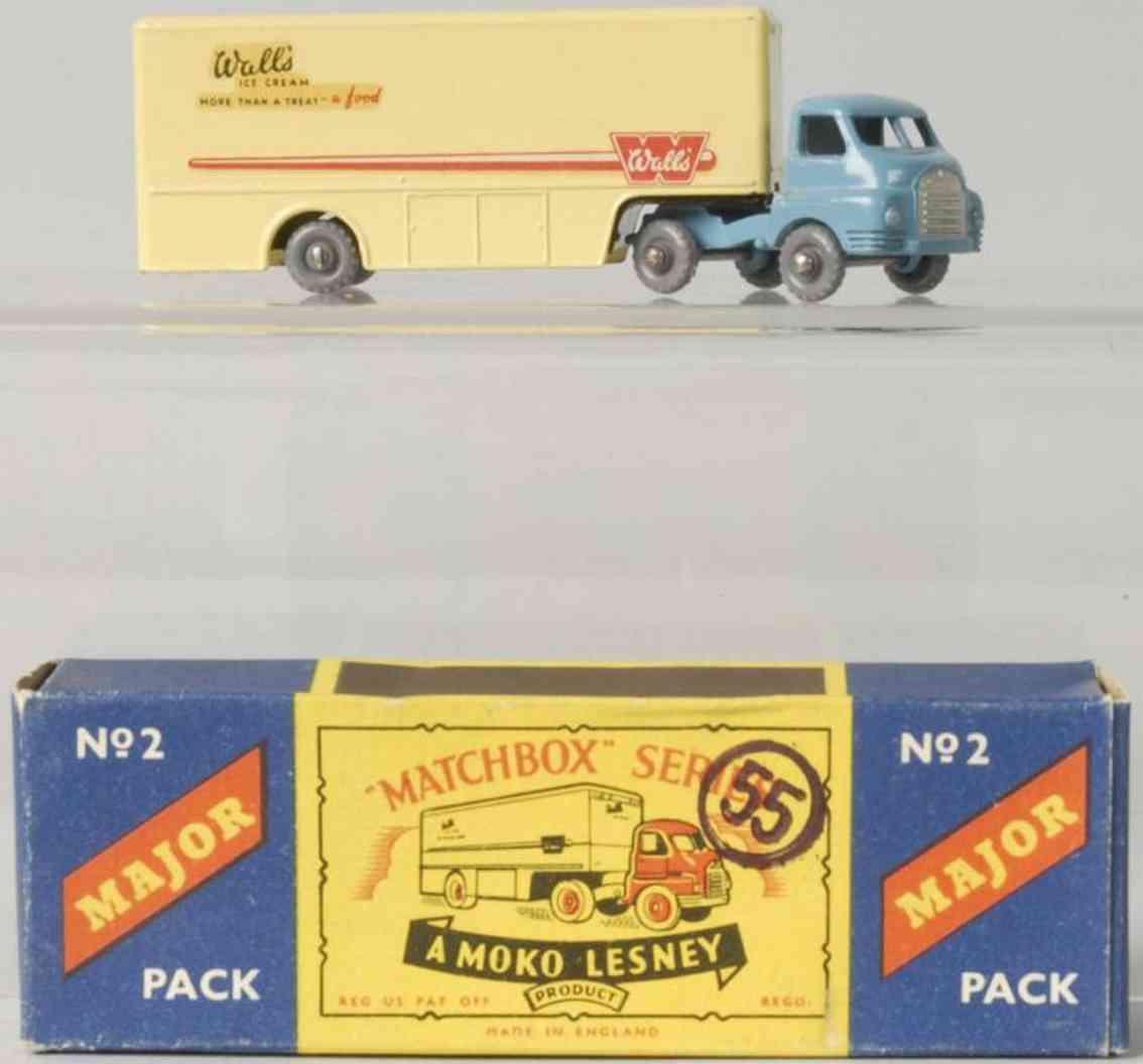 matchbox 2 druckguss bradford moebelwagen