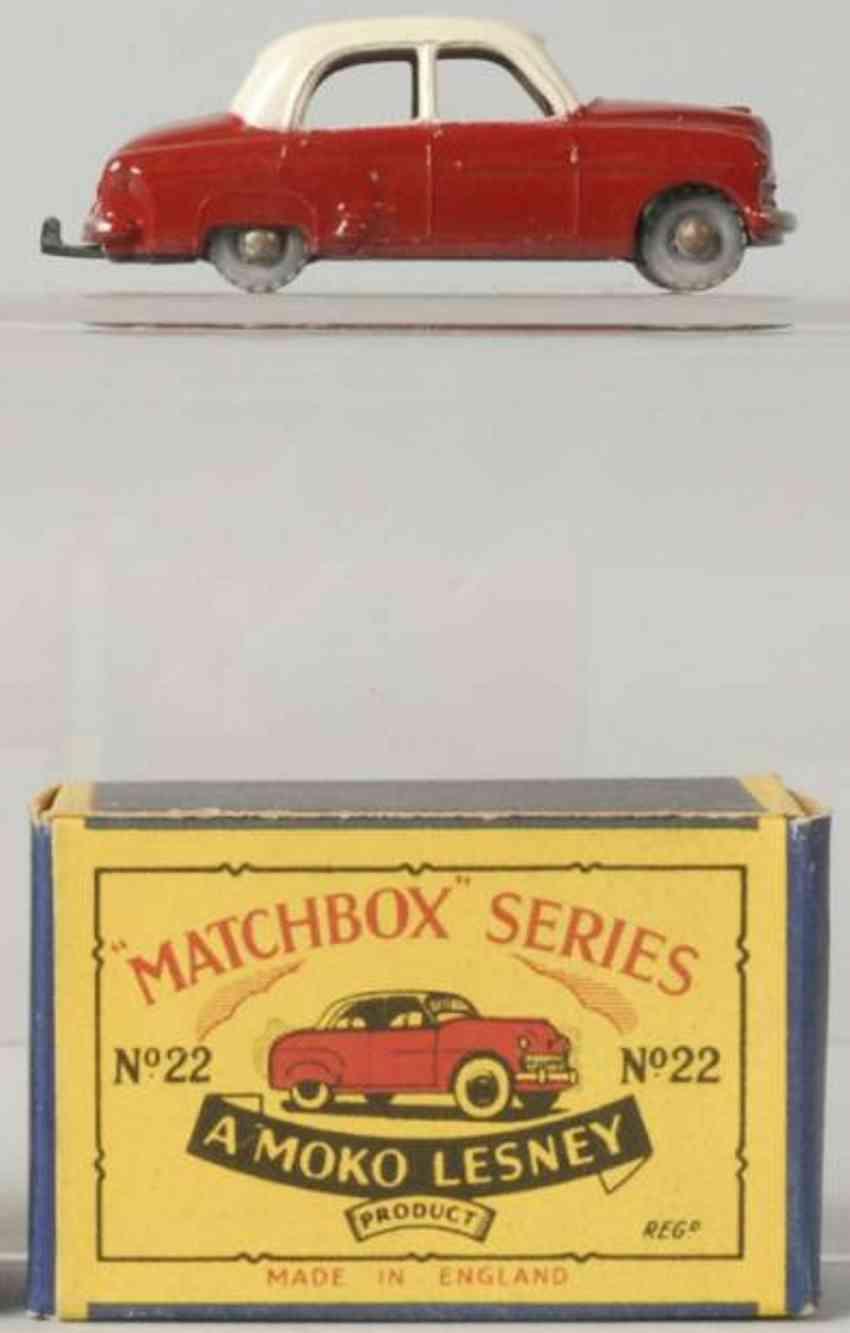matchbox 22 druckguss vuashall cresta rot weiss