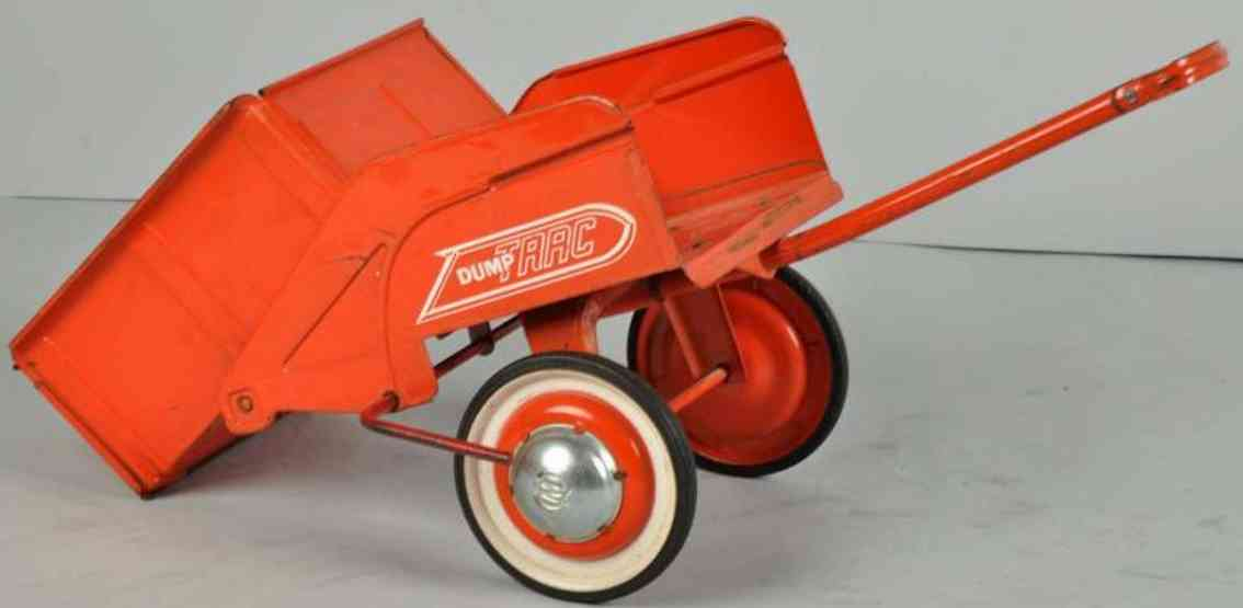 Murray Accessory dump trac supporter for tractors and pedal cars