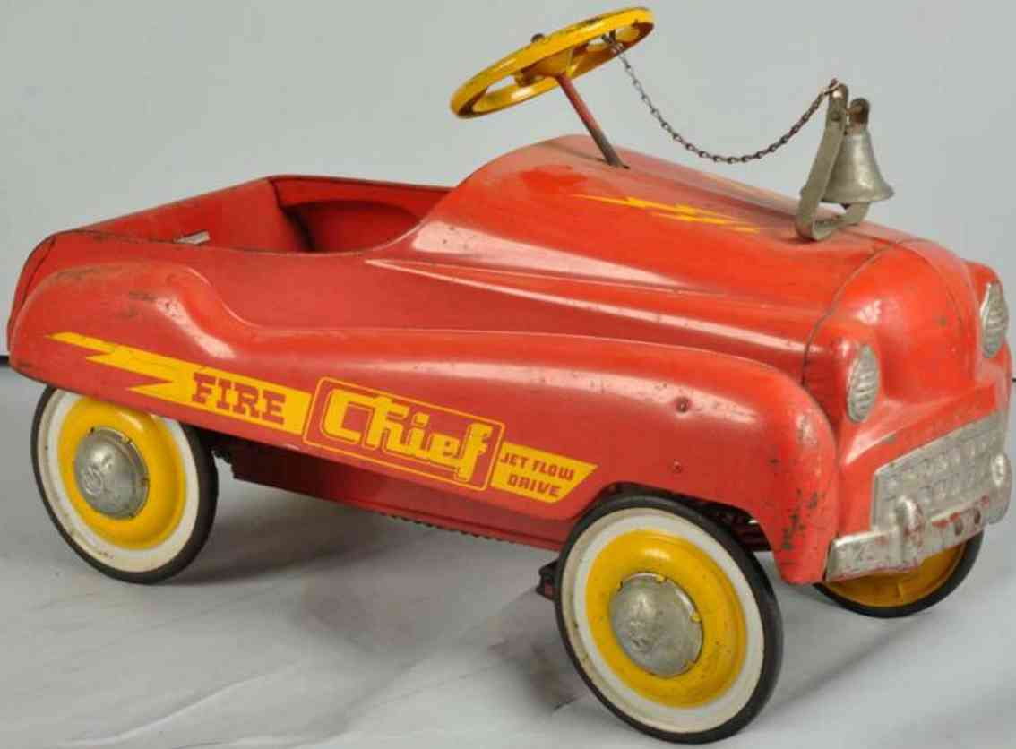murray pressed steel toy comet fire chief pedal car