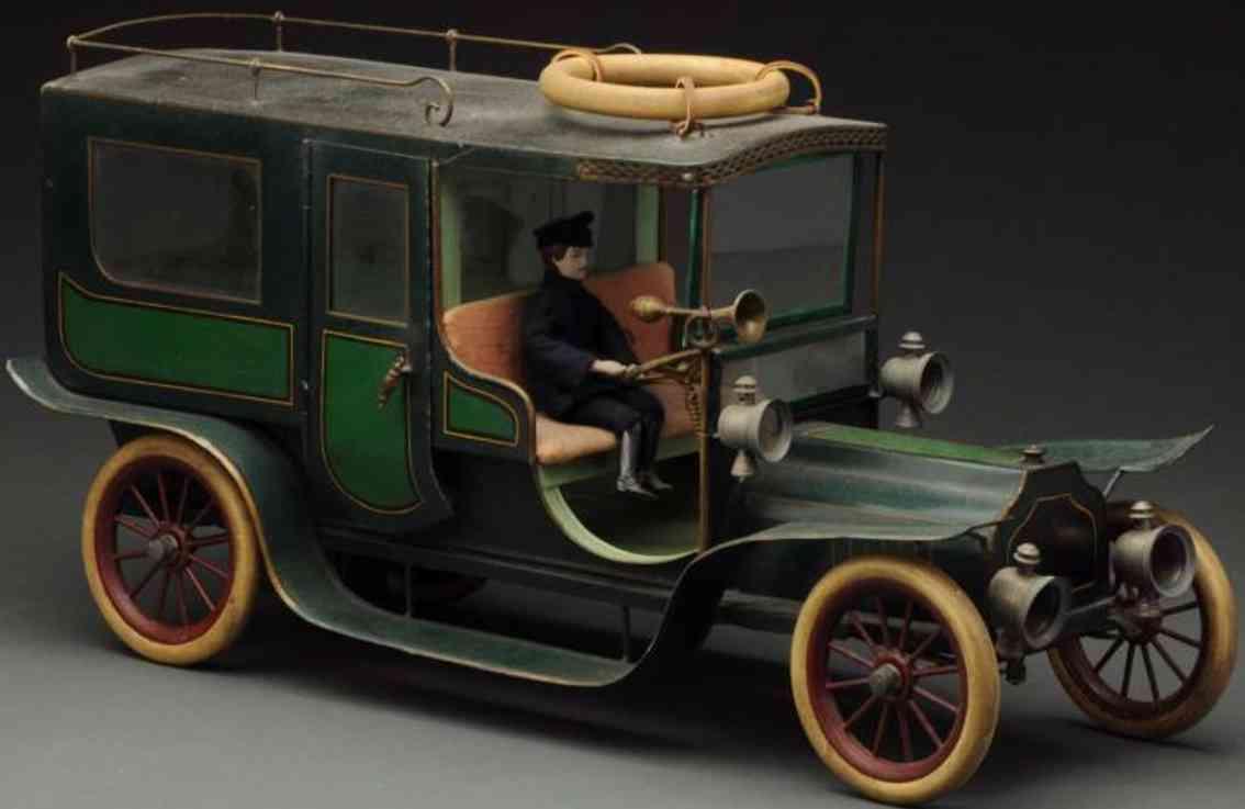 pinard blech spielzeug auto franzoesische limousine uhrwerk gruen fahrer