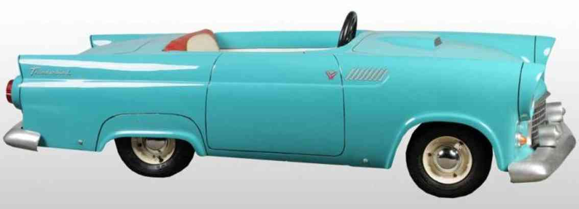 Powercar company Ford Thudnerbird Jr. Pedal car