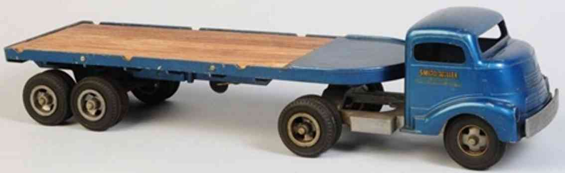 smith-miller tin toy tractor trailer flatbed truck blue