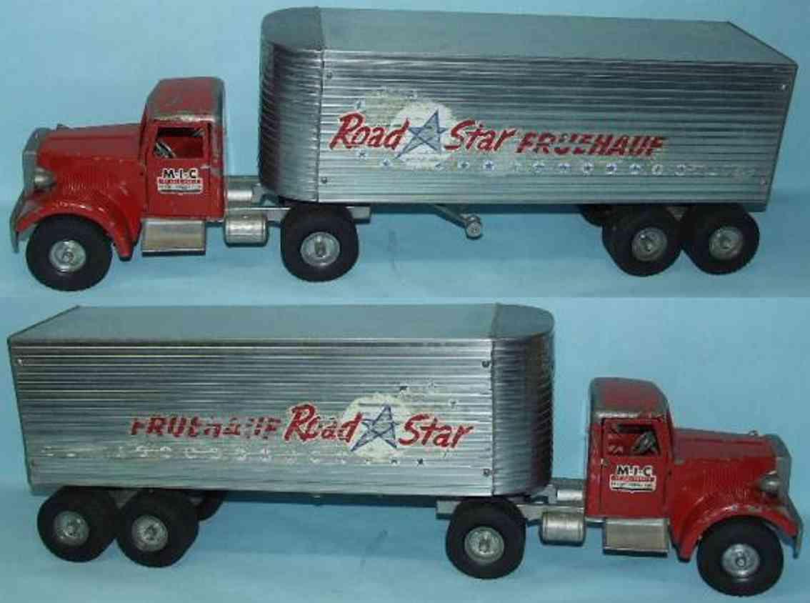 Smith-Miller Lastwagen mit Anhänger Road Star FRUEHAUF
