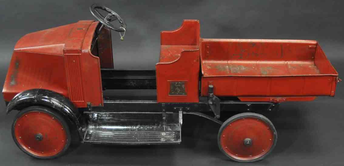 steelcraft tin toy mack 5 ton dump pedal truck