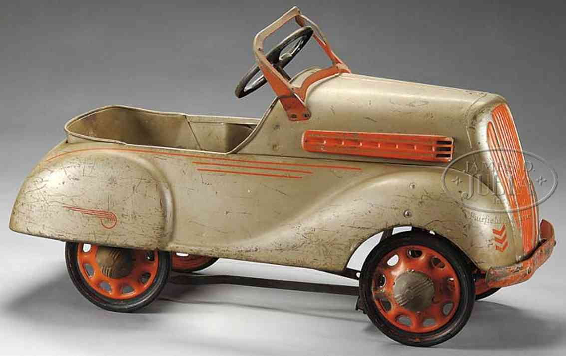 steelcraft tin toy chevrolet pedal car tan
