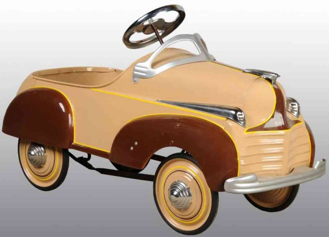 steelcraft pressed steel toy chrysler pedal car