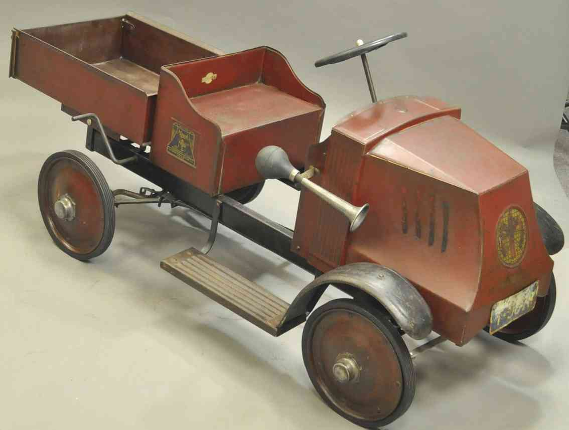 steelcraft blech spielzeug mack tretauto kipplastwagen
