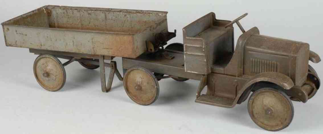 steelcraft pressed steel toy dump truck