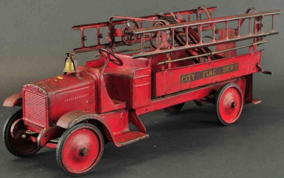 steelcraft pressed steel toy fire engine truck red