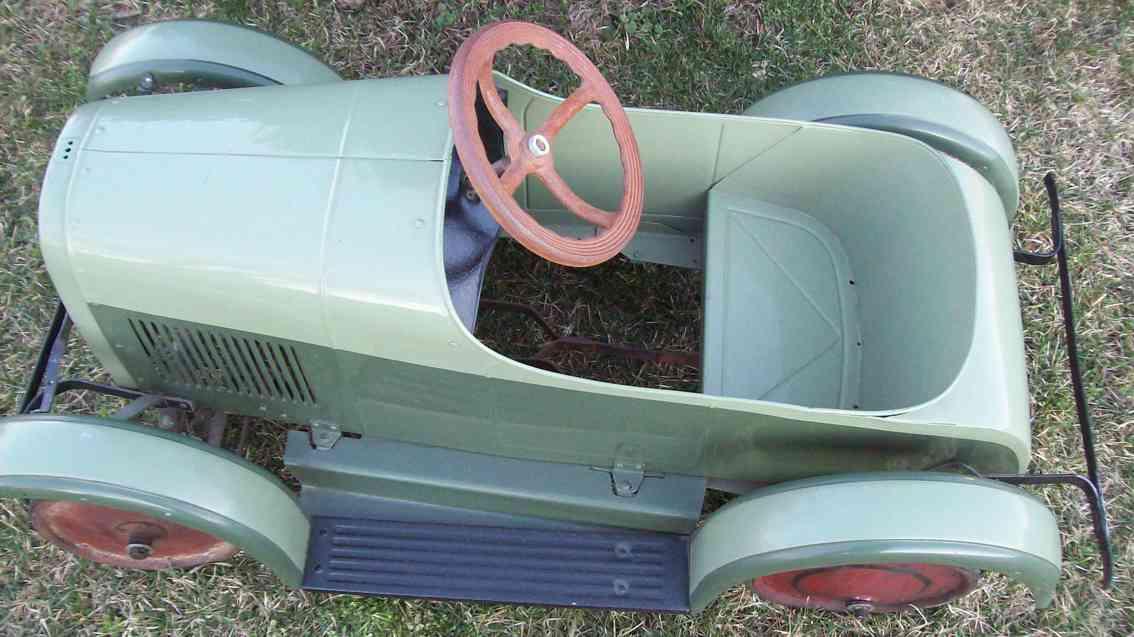 steelcraft blech spielzeug tretauto tourenwagen gruen
